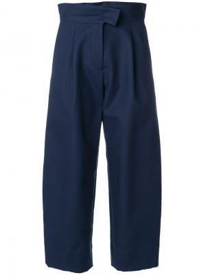 Укороченные расклешенные брюки с высокой талией Carven. Цвет: синий