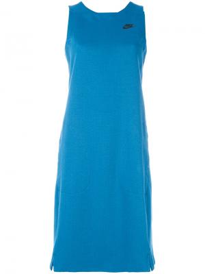 Спортивное платье Tech Nike. Цвет: синий
