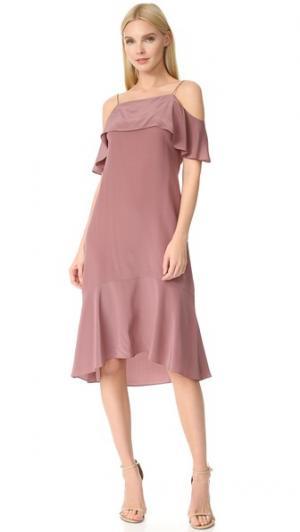 Платье с баской Aster JENNY PARK. Цвет: сиреневый