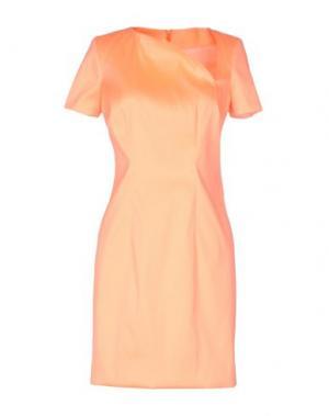 Короткое платье GOOD ON HEELS. Цвет: лососево-розовый
