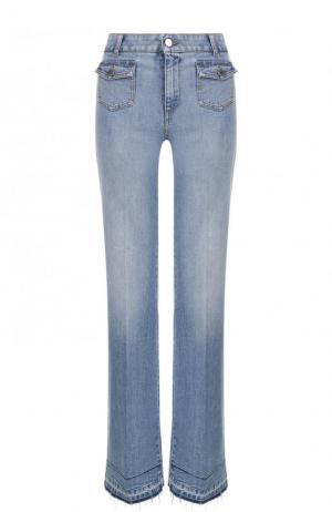 Расклешенные джинсы со стрелками и потертостями Stella McCartney. Цвет: голубой