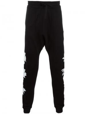 Спортивные брюки с принтом листьев Blood Brother. Цвет: чёрный