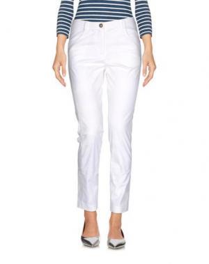 Джинсовые брюки ALVIERO MARTINI 1a CLASSE. Цвет: белый
