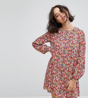 Reclaimed Vintage Свободное платье с завязкой на спине и цветочным принтом Vin. Цвет: мульти