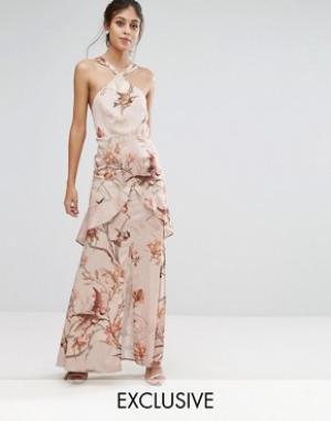 Hope and Ivy Атласное платье макси с принтом &. Цвет: мульти
