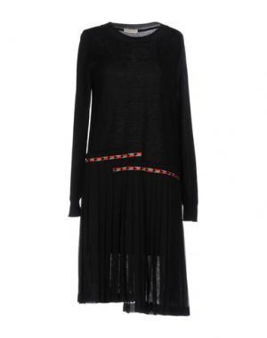 Платье до колена WUNDERKIND. Цвет: черный