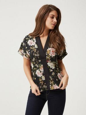 Блузка Vero moda. Цвет: черный, хаки, молочный, бледно-розовый