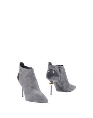 Ботинки ROGER VIVIER. Цвет: серый