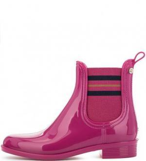Резиновые сапоги цвета фуксии Tommy Hilfiger. Цвет: фуксия