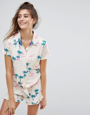 Chelsea Peers Пижама с поясом и пальмовым принтом. Цвет: мульти