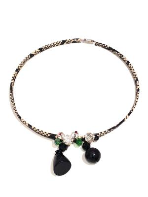 Ожерелье StypeAtelie. Цвет: черный