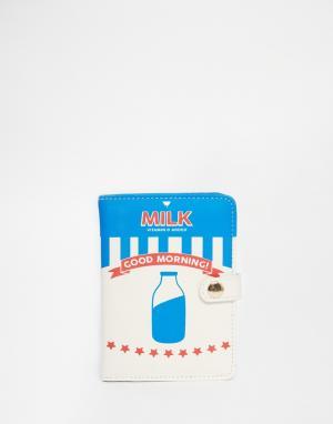 Skinnydip Обложка для паспорта с принтом бутылки молока. Цвет: мульти