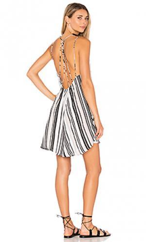 Платье zapa Indah. Цвет: серый