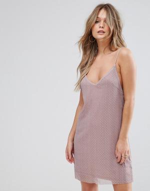 WYLDR Фактурное платье-комбинация с тонкими бретелями и отделкой заклепками. Цвет: розовый