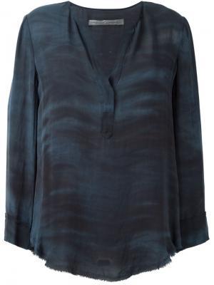 Блузка c V-образным вырезом  Georgette Raquel Allegra. Цвет: синий