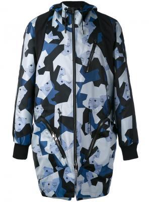 Пальто с принтом MCM x Christopher Raeburn. Цвет: синий