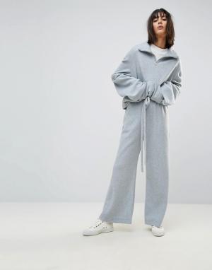 House of Sunny Широкие флисовые брюки от комплекта. Цвет: серый