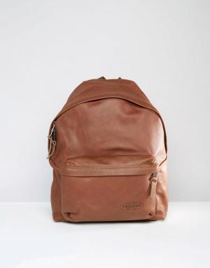 Eastpak Уплотненный кожаный рюкзак Pak R. Цвет: коричневый