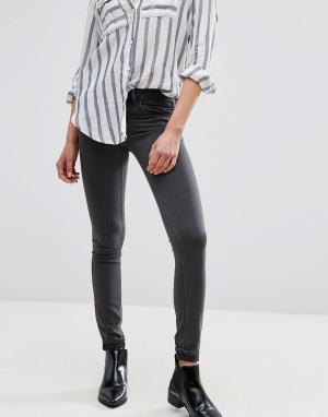 Vila Зауженные джинсы. Цвет: серый