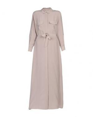 Длинное платье EQUIPMENT FEMME. Цвет: голубиный серый