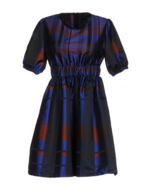 Короткое платье MARIUCCIA. Цвет: синий