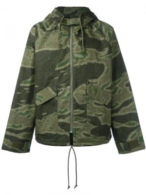 Куртка с камуфляжным рисунком Season 3 Yeezy. Цвет: зелёный