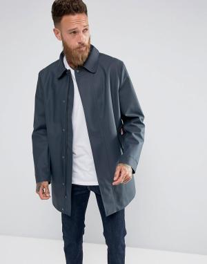Hunter Темно-синее пальто с прорезиненным эффектом. Цвет: темно-синий