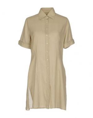 Короткое платье INGRAM. Цвет: песочный