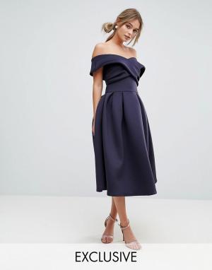 True Violet Приталенное платье для выпускного. Цвет: темно-синий