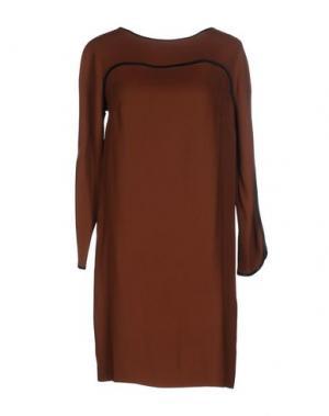 Короткое платье SUOLI. Цвет: коричневый