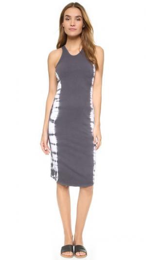 Спортивное платье без рукавов с эффектом деграде MONROW. Цвет: черный винтажный