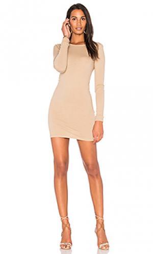 Мини платье с круглым вырезом и длинным рукавом Enza Costa. Цвет: цвет загара