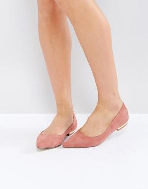 Raid Туфли на плоской подошве с острым носом Agatha. Цвет: розовый