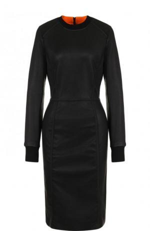 Приталенное кожаное платье с длинным рукавом By Malene Birger. Цвет: черный