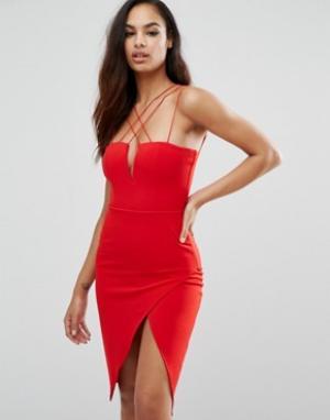 Rare Платье-футляр с глубоким вырезом London. Цвет: красный