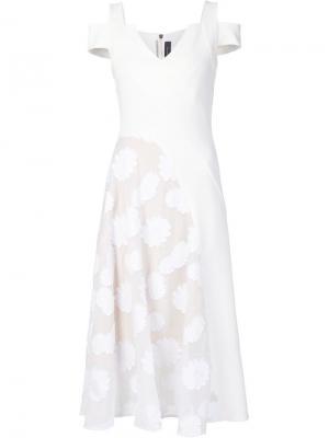 Платье с вышивкой Roland Mouret. Цвет: белый