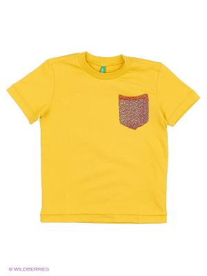 Футболка United Colors of Benetton. Цвет: горчичный