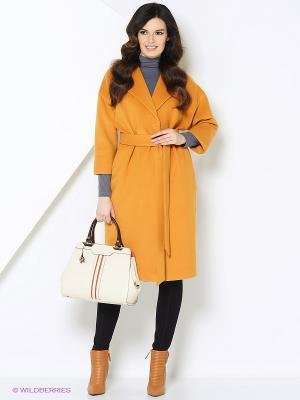 Пальто-oversize RUXARA. Цвет: горчичный