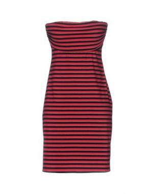 Короткое платье FISICO. Цвет: фуксия