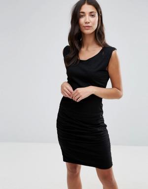 Pam & Gela Облегающее платье с асимметричным дизайном и разрезом. Цвет: черный