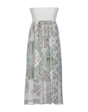 Короткое платье KARTIKA. Цвет: белый