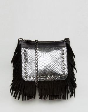 Urbancode Серебристая кожаная фестивальная сумка через плечо с бахромой Urbancod. Цвет: черный