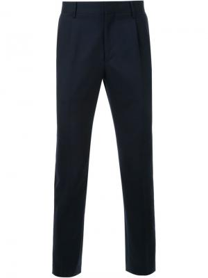Прямые строгие брюки Mr. Gentleman. Цвет: синий
