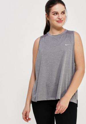 Майка спортивная Nike. Цвет: серый