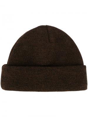 Вязаная шапка Études. Цвет: коричневый