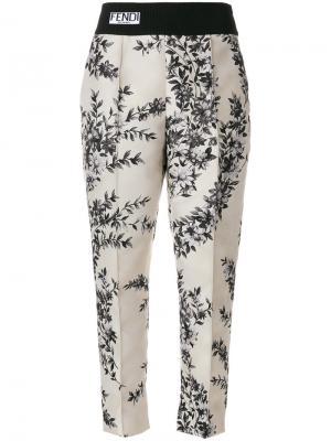 Классические брюки с цветочным принтом Fendi. Цвет: телесный