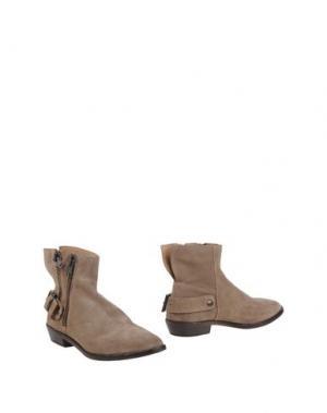 Полусапоги и высокие ботинки LEMARÉ. Цвет: голубиный серый