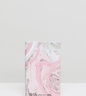 Skinnydip Розовое портативное зарядное устройство с мраморным принтом. Цвет: мульти