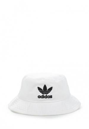 Панама adidas Originals. Цвет: белый