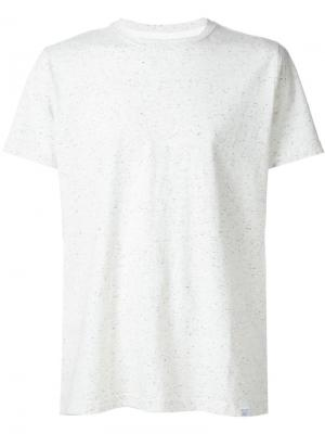 Классическая футболка Norse Projects. Цвет: серый